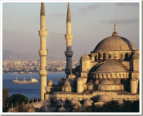 blue20mosque20and20the20bosphorus20istanbul20turkey1