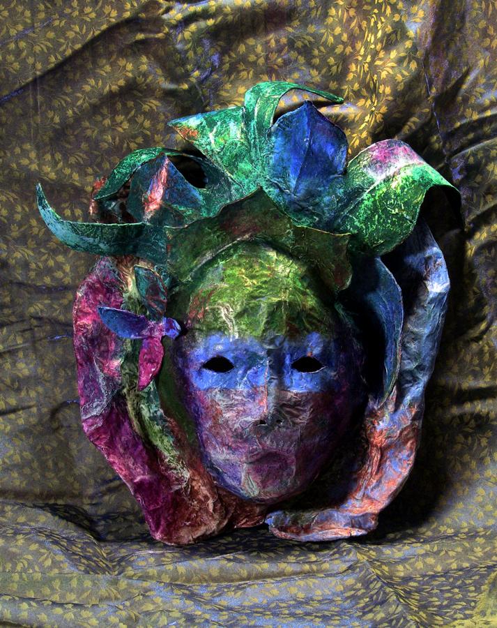 Rubies in crystal paper mache mask - Masque papier mache ...