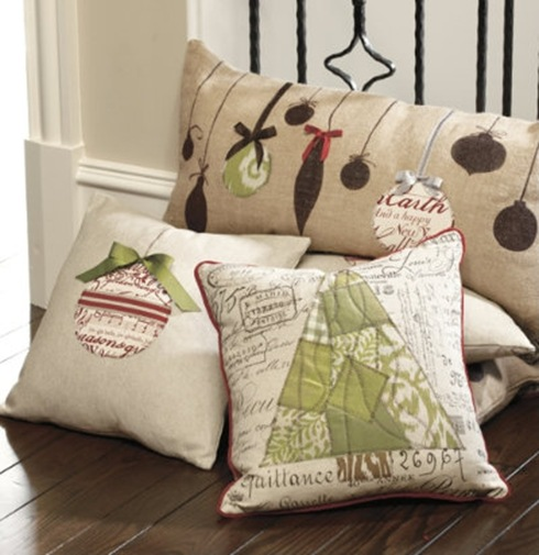 Cute Pillow Ideas To Sew : BROADVIEW HEIGHTS: Ballard inspired Christmas cushion