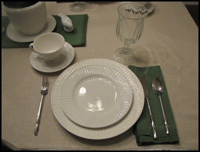 tablescape1 013