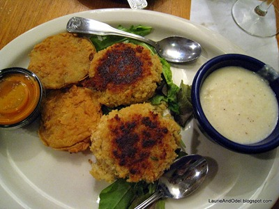 Fried green tomatoes, crab cakes, and cheese grits.