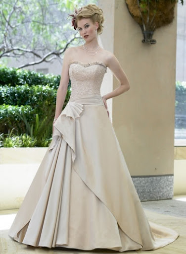 Romantic Wedding Gown - Flare Neck