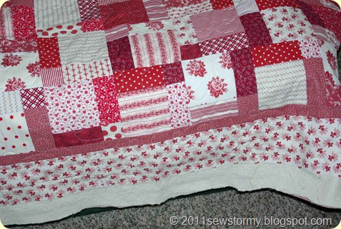 Red and white quilt without binding