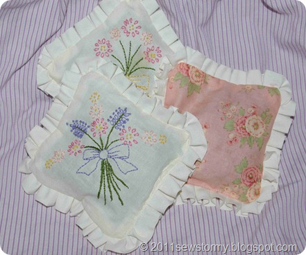 Sachet stitcheries