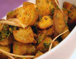Recipe Of The Day: ALoo Chaat Dilli Style (By Sanjeev Kapoor)