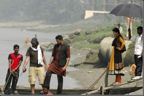 Aishwarya_and_Abhishek_Bachchan__at_Ravana_filming