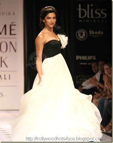 lakme-fashion-week-spring-summer2010-190