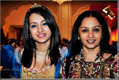 Trisha with her mother Uma