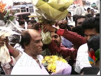 07 'Endhiran' Celebrates Rajini Birthday