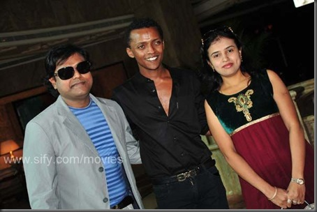 Harris Jayaraj and his lovely wife Suma