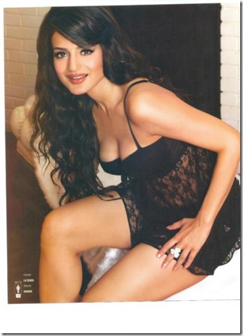 ameesha patel nude-the-man1. del.icio.us Tags: ameesha patel nude for 'the ...