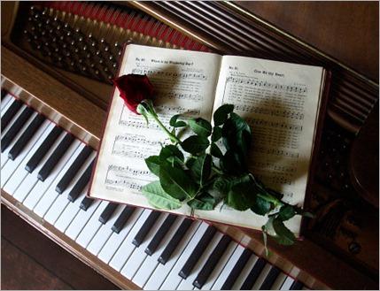 rosa-piano