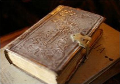 muy-libros-antiguo_2849479
