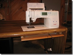 sewing table patty 021