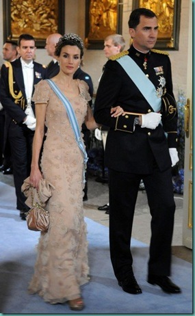 letizia-ortiz-look-vestido-boda-suecia-victoria