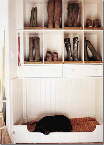 gumboot-closet_CountryHomesAndInteriors_via_ThisIsGlamorous_blog