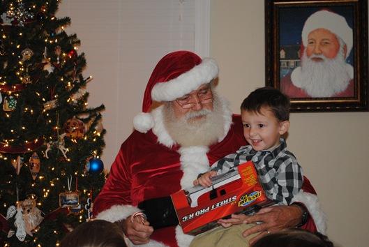 Santa Party 032