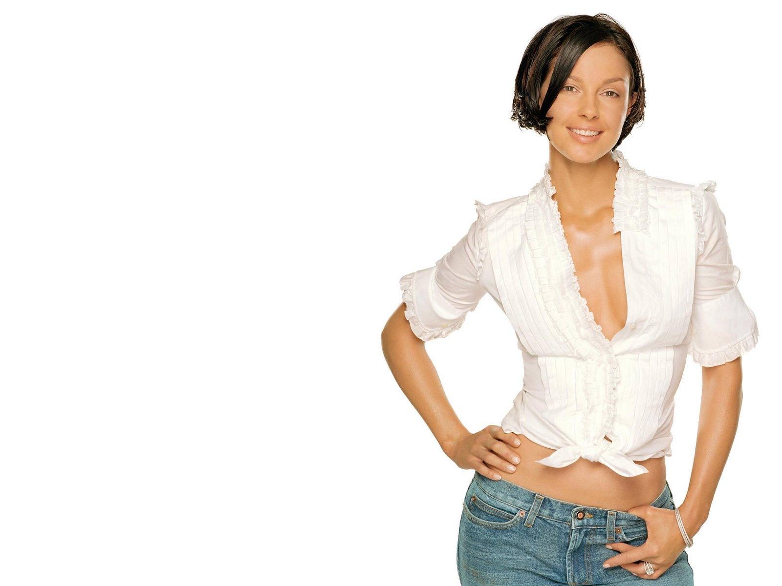 [Ashley Judd 4 1600x1200 hqmodelwallpapers[5].jpg]
