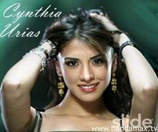 Cynthia Urias Revista H
