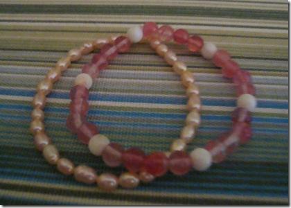 bracelets pink