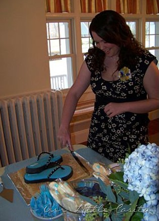 bridalshowercuttingcake