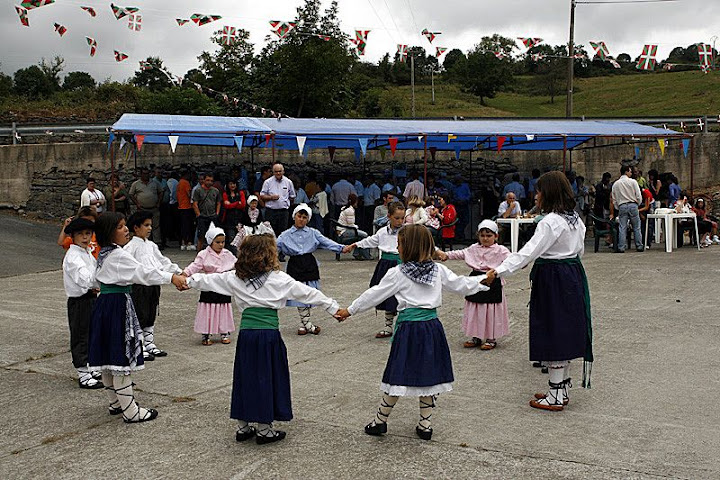 Gure dantza taldea