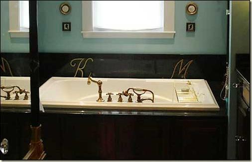 2009 master bath shot
