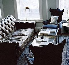 [Ryan Korban leather sofa[3].jpg]