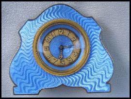 [interesting shape turq clock[3].jpg]