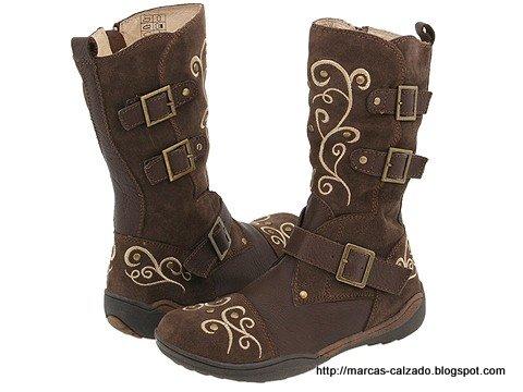 Marcas calzado:Y557-774990