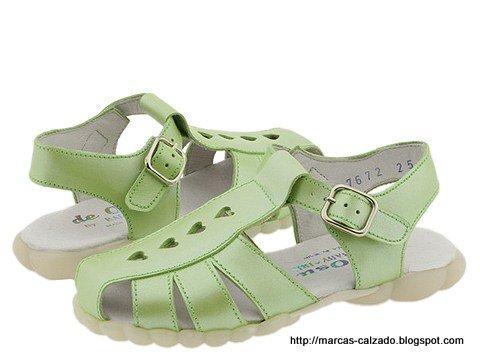 Marcas calzado:NWD776862