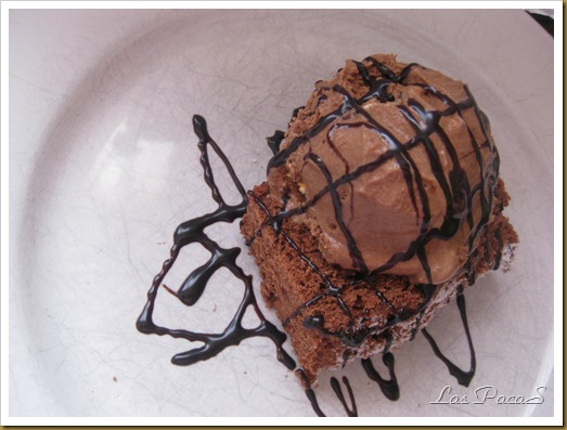 Brownie con helado (4)