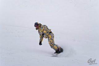 Experienced snowboarder