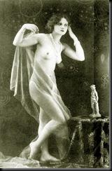 estatua desnuda