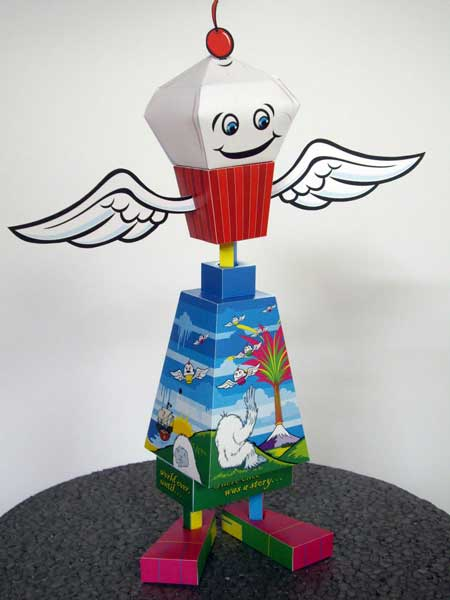 Box Can Paper Toy Flying Cupcake