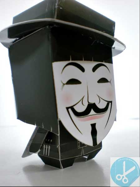 V for Vendetta Paper Toy