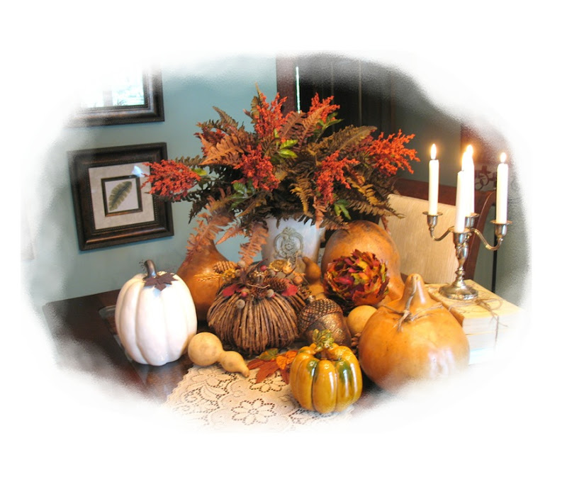 fall table vignette