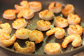picture of shrimp sauteing in pan