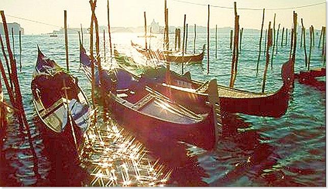 Venecia_gondolas