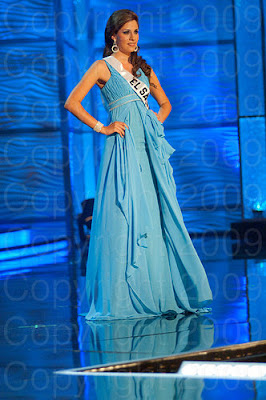el salvador1 Miss Universo 2009: Inspirações para vestidos de madrinha e noiva