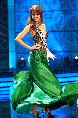 gra bretanha1 Miss Universo 2009: Inspirações para vestidos de madrinha e noiva