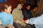 Diváci, kteří sledují nepřetržité představení bratrů Havelků. I sestra si musela na chvilku odpočinout.