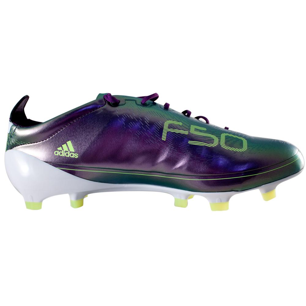Sepatu Bola Adidas Terbaru