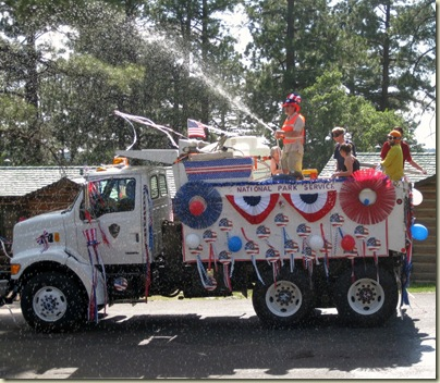 02 NPS truck with Nancy John Graham Sarah & Dave in 4th of July Parade GRCA AZ (1024x891)