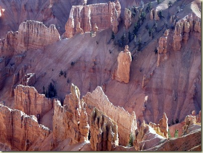 01 Closer hoodoos on Jericho Ridge from Point Supreme Cedar Breaks NM UT (1024x768)