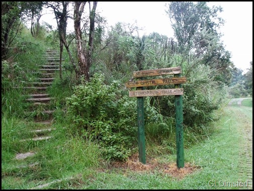 02 Trailhead from Monks Cowl camp Drakensburg KwaZulu-Natal ZA (1024x767)