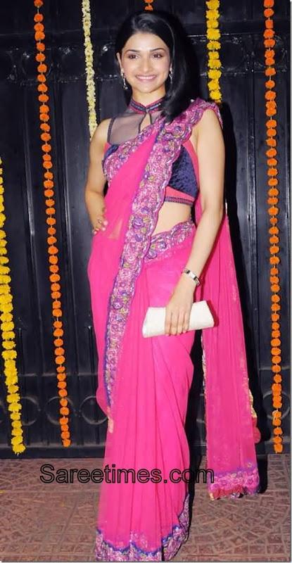 Prachi_Desai_Pink_Designer_Sari