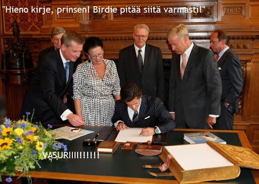 Prince%2BCarl%2BPhilip%2BSweden%2BSigns%