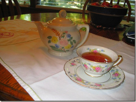 tea pot and china tea cup