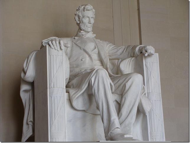 59Lincoln Statue